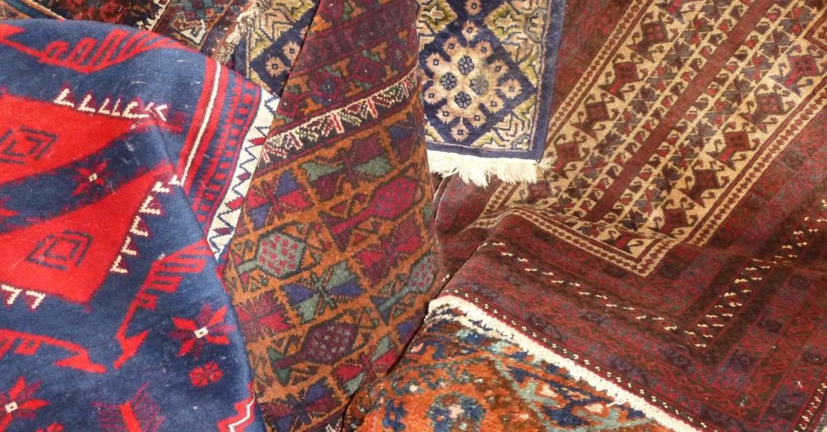 Vintage-Afghan-Persian-rug