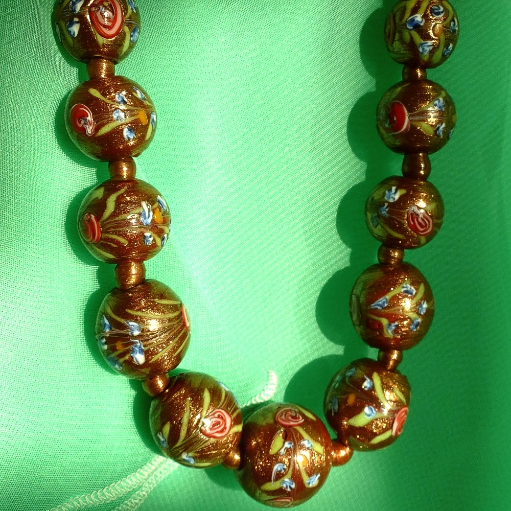 Venetian-aventurine-glass-bead-necklace-fiorato-wedding-cake