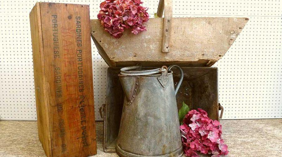 Vintage-garden-trug-galvanised-tin-jug-box