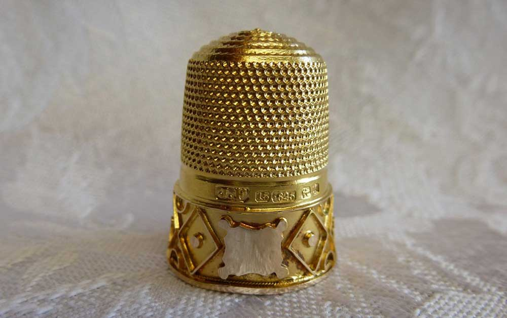 Antique-gold-thimble-James Fenton